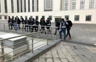 Ankara'da Gaybubet Evlerinde Saklanan 11 FETÖ'cü...
