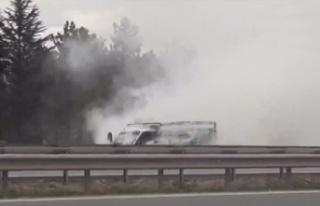 Ankara'da Korku Dolu Anlar: Kamyonet Dumanlara...
