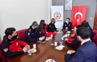 Ankara İtfaiyesi Arama Kurtarma Çalışmalarında...