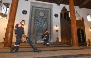 Ankara'da Camiiler Ramazan'a Hazırlanıyor
