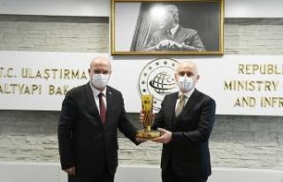 ATO Heyetinden Bakan Adil Karaismailoğlu'na Ziyaret