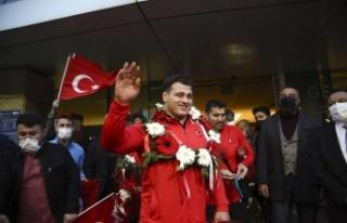 Rıza Kayaalp Ankara'da: Şampiyona Görkemli...