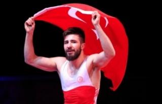 Süleyman Atlı Güreş Şampiyonasında Avrupa Şampiyonu...