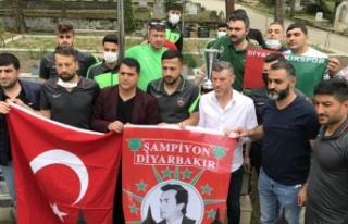 Diyarbekirspor Şampiyonluk Kupasını Gaffar Okkan'a...