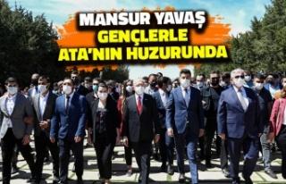 Mansur Yavaş Gençlerle Ata'nın Huzurunda