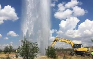 Atatürk Orman Çiftliği'nde Su Borusu Hattı...