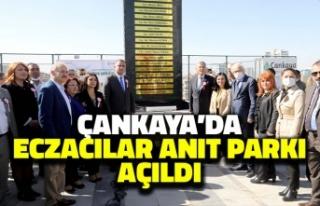 Çankaya'da Eczacılar Anıt Parkı Açıldı