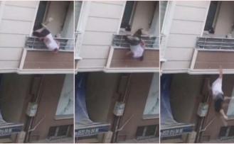 Akrabalarıyla Tartıştı: Balkondan Düştü!