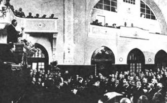 13 Ekim: Milli Kuvvetler İsyancıların Tutuklu Bulunan Elebaşlarını Astı