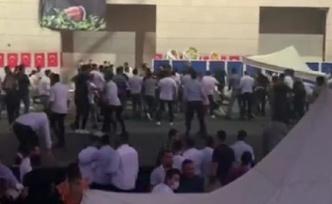 CHP İzmir İl Gençlik Kolları Kongresi'nde Kavga: Gazeteciler Darbedildi!