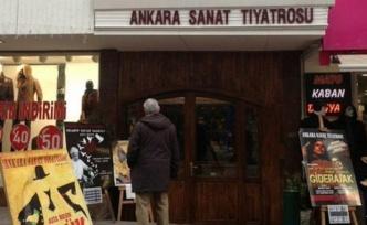 Ankara Sanat Tiyatrosu Doğum Gününde Binasını Boşalttı