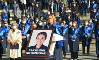 Aylin Sözer'e Veda: Neşeniz Kahkahanız Daima Yaşayacak
