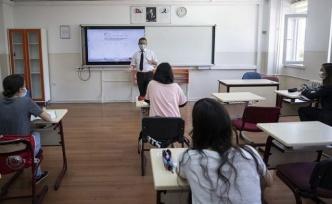 Liselerde Yüz Yüze Eğitim Başlıyor: İşte Tüm Detaylar!