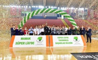 Şampiyonluk Kupasını Kaldırdılar: Mamak Hentbolda Süper Lig'de