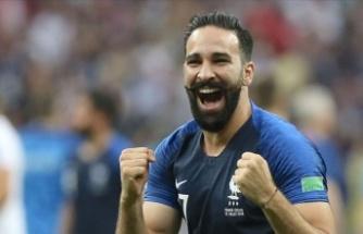 Fransız Futbolcudan Macron'a: Bizi Pisliğin İçine Atıyorsun
