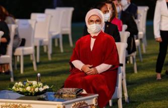 Hande Fırat, Gündem Olan 'Çanta'yı Yazdı: 'Orijinal Değil Çakma'