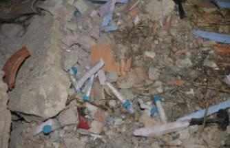 Ankara'da Panik: Molozlar Arasından Korona Test Numuneleri Çıktı