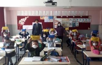 Çankaya'da Öğretmenlere ve Öğrencilere Sağlık Seti