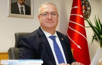 Ali Hikmet Akıllı'dan Nutuk Tepkisi: Atatürk'ü Milletimizin Gönlünden Silemezsiniz