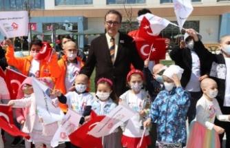 LÖSEV'in Ankara'daki Sağlık Kentinde 23 Nisan Kutlaması