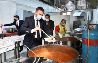 'Pursaklar'da Kimse Aç ve Açıkta Kalmayacak'