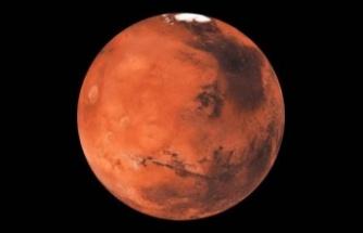 Çin'in Mars Keşif Aracı Kızıl Gezegen'e İndi