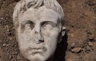 Roma İmparatoru Augustus'un 2 Bin Yıllık Mermer Büstü Bulundu