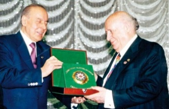 """Haydar Aliyev Demirel'e """"Pezevenk"""" Dedi mi Demedi mi"""