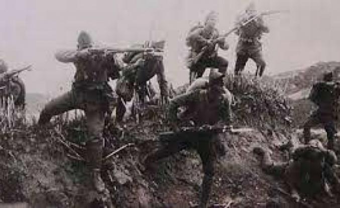 26 Ekim: Yunan kuvvetlerine, Gediz'i yeniden işgal etme emri verildi