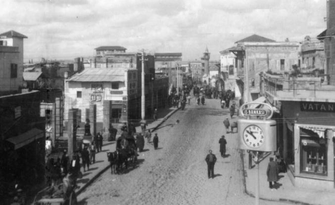 27 Ekim: Fransız kuvvetleri, Adana'dan kalkarak 3 koldan saldırıya geçtiler