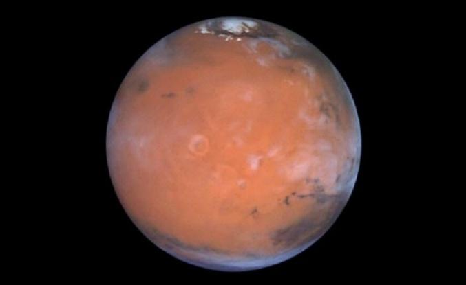 Kızıl Gezegen Mars Uzaya Su Sızdırıyor