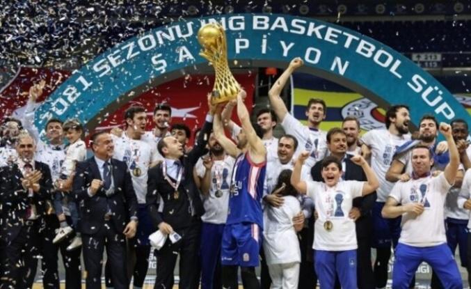 ING Basketbol Süper Ligi'nde 2020-2021 Şampiyonu Anadolu Efes