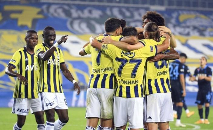 Fenerbahçe Trabzonspor'dan 3 Puanı 3 Golle Aldı