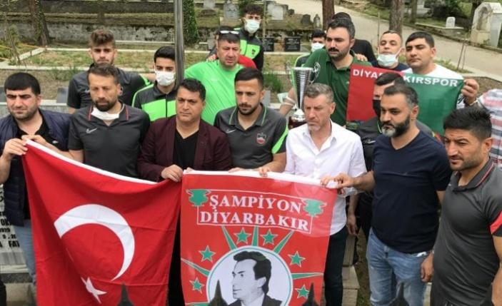 Diyarbekirspor Şampiyonluk Kupasını Gaffar Okkan'a Götürdü