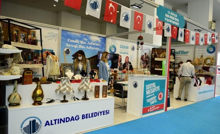 Ankara'da Altın Eller Kooperatifi'ne Büyük İlgi