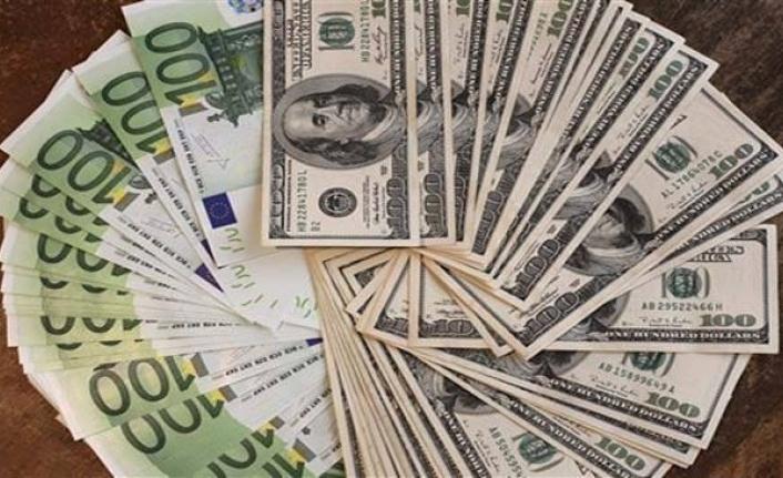 Döviz Fırladı: Dolar 7.60, Euro 9'u Geçti