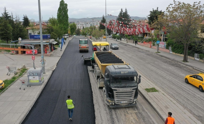 Ankara Büyükşehir Belediyesinden Seferberlik: 236 Noktada Asfalt Çalışması