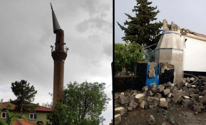 Fırtına Ankara'da Yıkım Getirdi