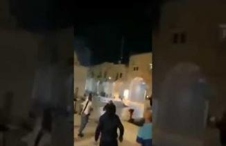 İsrail Mescid-i Aksa'ya Böyle Saldırdı! Şok Görüntüler...